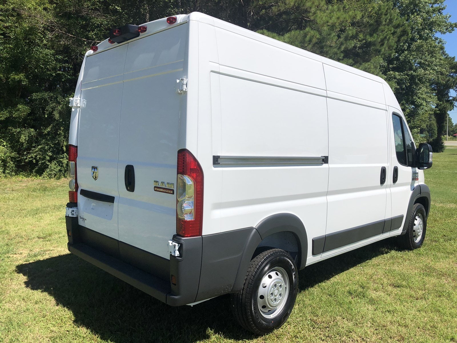 2018 ProMaster 1500 High Roof FWD,  Empty Cargo Van #C18336 - photo 8