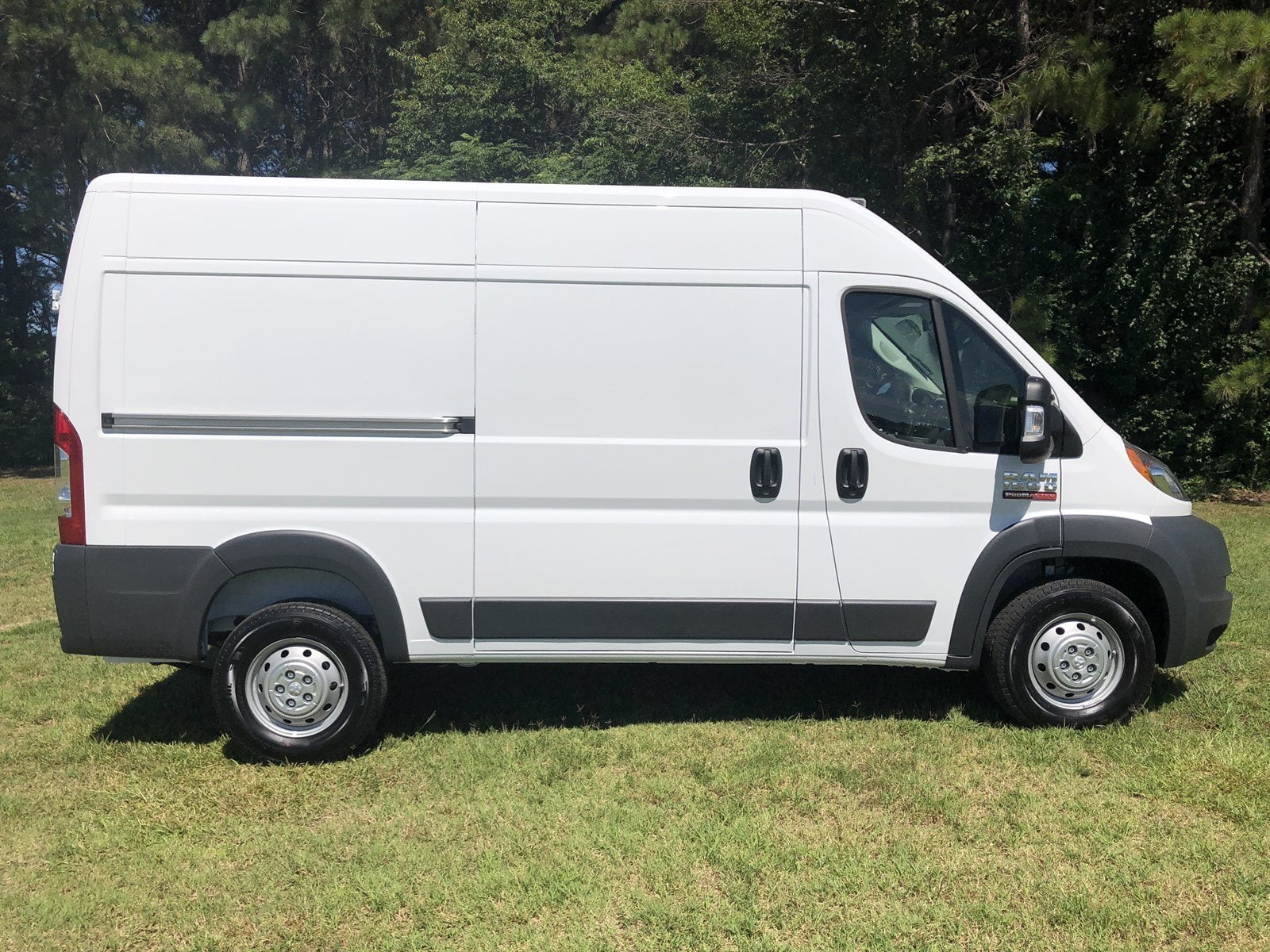 2018 ProMaster 1500 High Roof FWD,  Empty Cargo Van #C18336 - photo 9