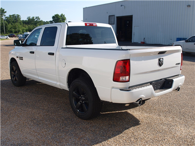 2018 Ram 1500 Crew Cab 4x4,  Pickup #C18367 - photo 2