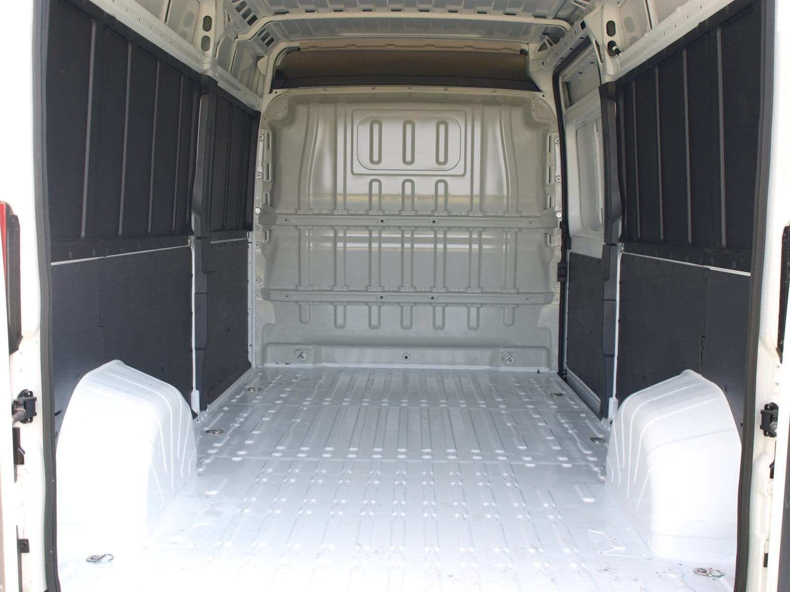 2018 ProMaster 2500 High Roof FWD,  Empty Cargo Van #C18374 - photo 2