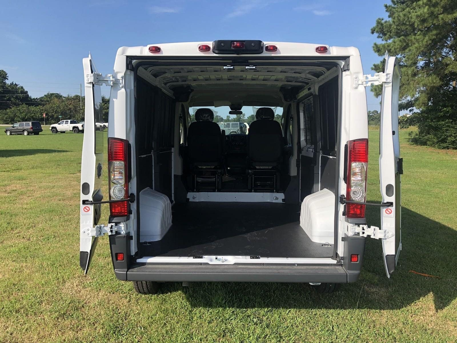 2018 ProMaster 1500 Standard Roof FWD,  Empty Cargo Van #C18398 - photo 3