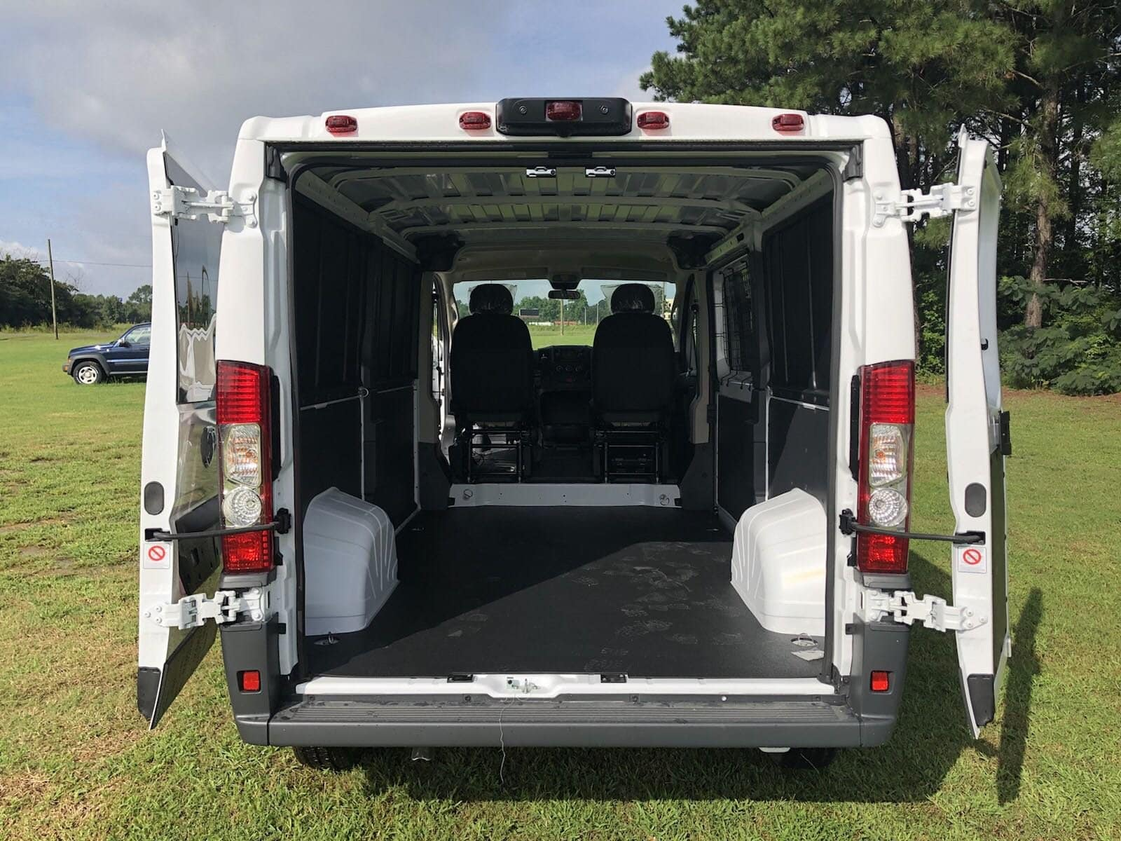 2018 ProMaster 1500 Standard Roof FWD,  Empty Cargo Van #C18406 - photo 2