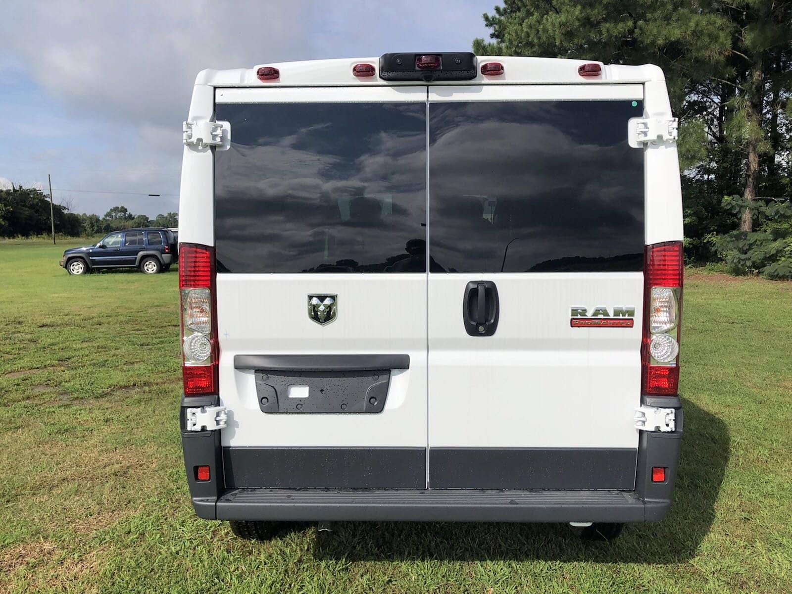 2018 ProMaster 1500 Standard Roof FWD,  Empty Cargo Van #C18406 - photo 7
