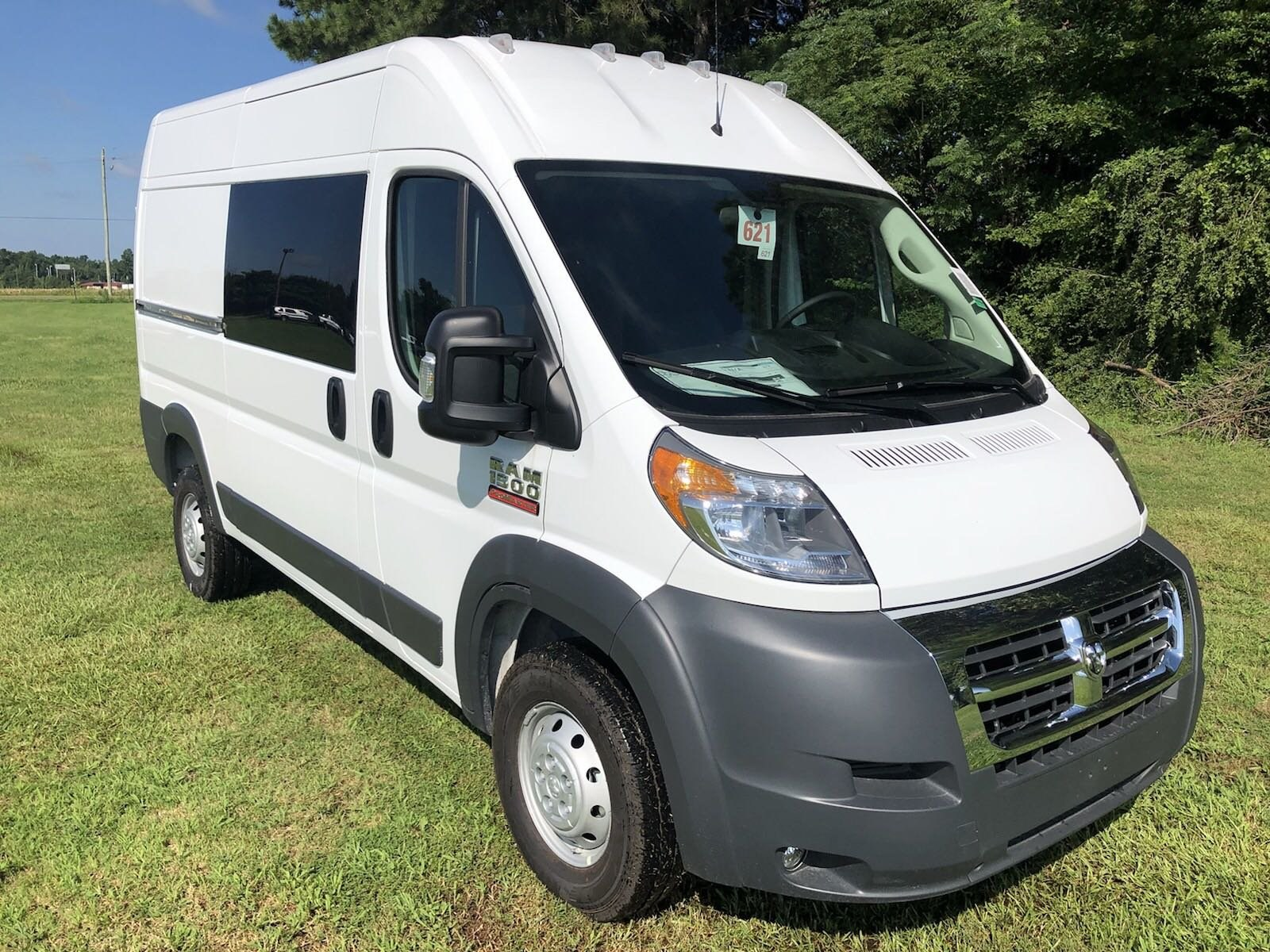 2018 ProMaster 1500 High Roof FWD,  Empty Cargo Van #C18421 - photo 3