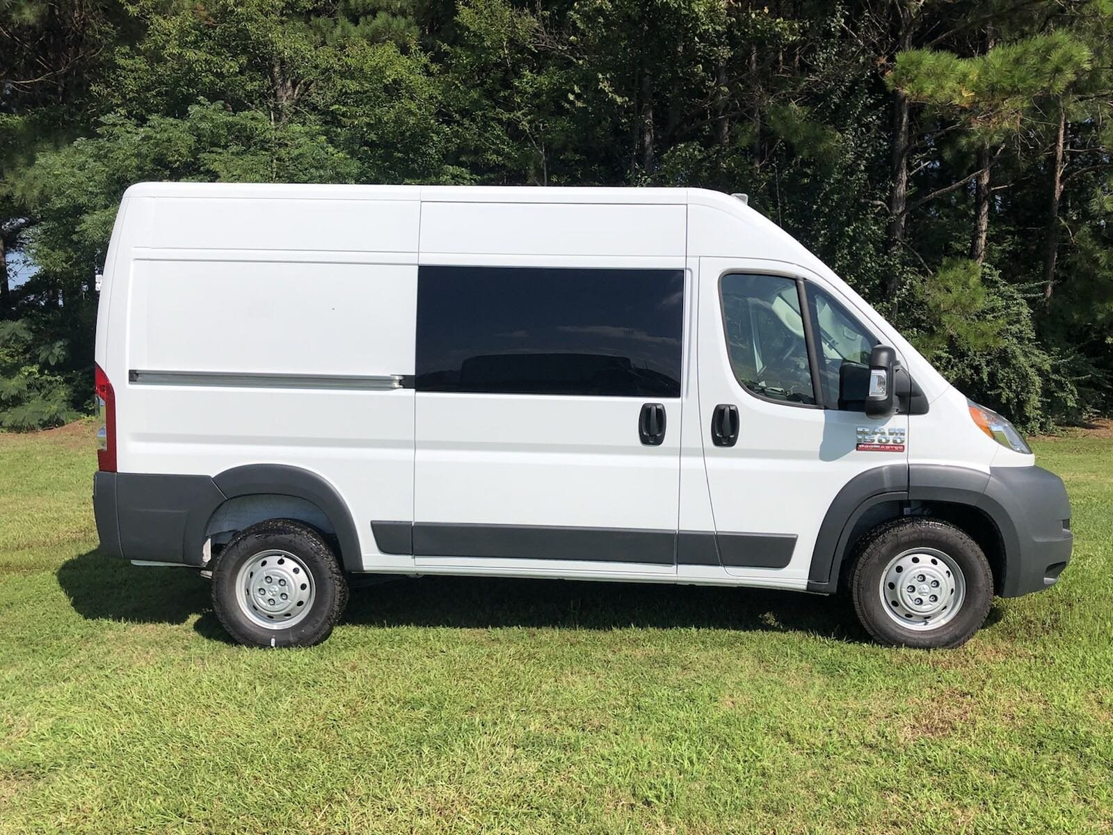 2018 ProMaster 1500 High Roof FWD,  Empty Cargo Van #C18421 - photo 9