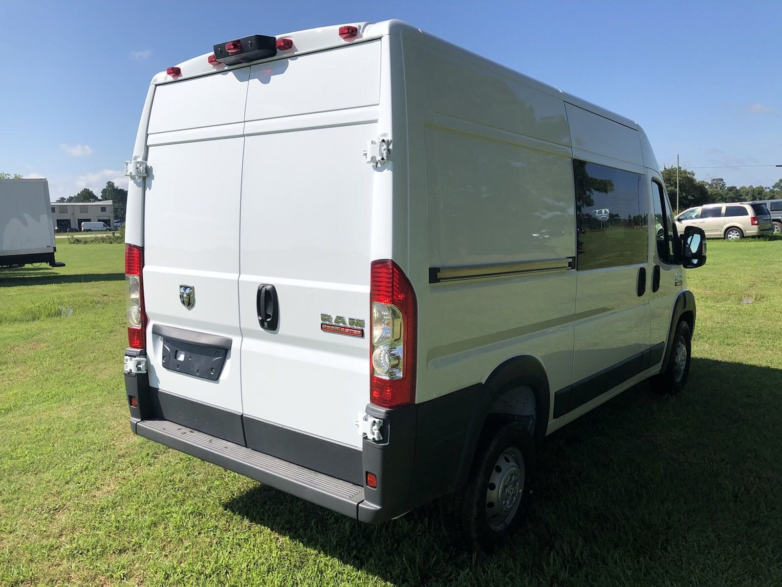 2018 ProMaster 1500 High Roof FWD,  Empty Cargo Van #C18437 - photo 8