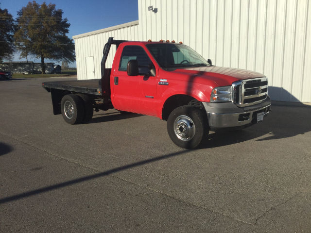 2005 F-350 Regular Cab DRW 4x4 Platform Body #24224B - photo 3