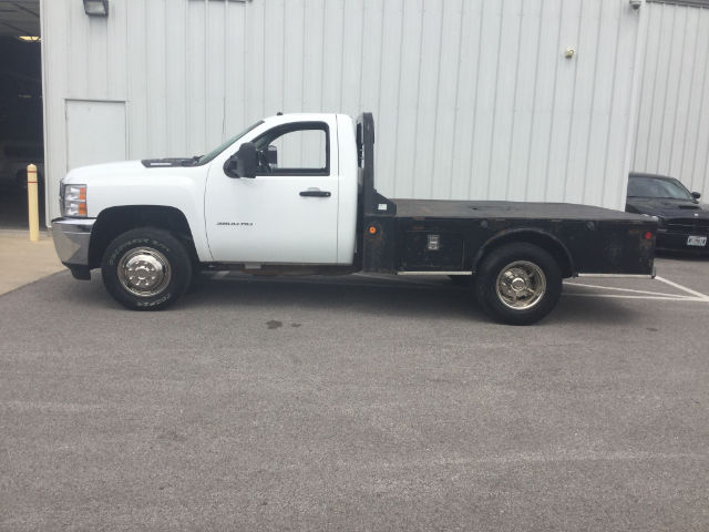 2012 Silverado 3500 Regular Cab 4x4 Platform Body #24747C - photo 9
