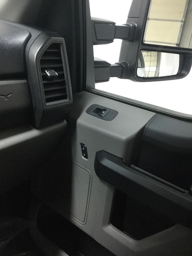 2017 F-350 Regular Cab DRW 4x4 Cab Chassis #26301 - photo 19