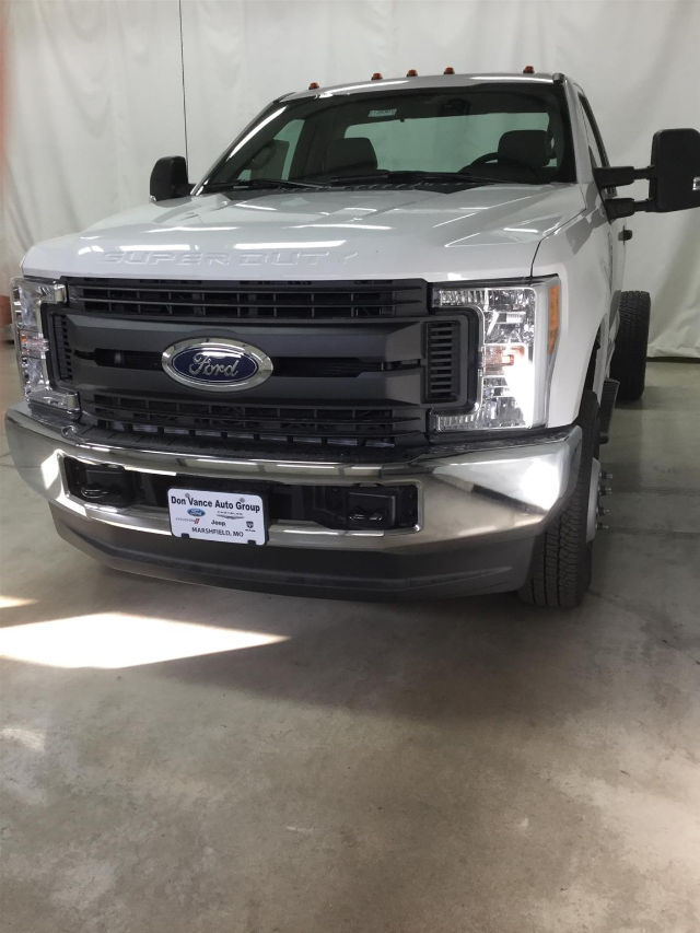 2017 F-350 Regular Cab DRW 4x4, Cab Chassis #26301 - photo 3