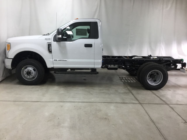 2017 F-350 Regular Cab DRW 4x4, Cab Chassis #26301 - photo 21