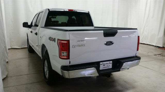 2017 F-150 Crew Cab 4x4 Pickup #27302 - photo 2