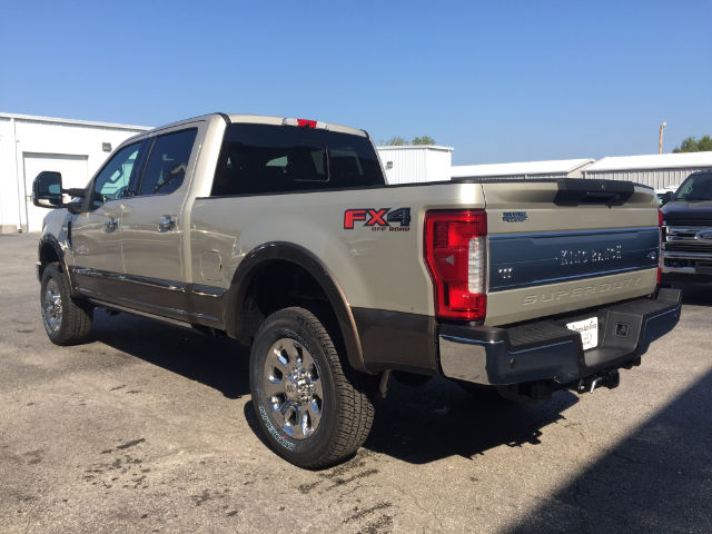 2017 F-250 Crew Cab 4x4 Pickup #27717 - photo 2
