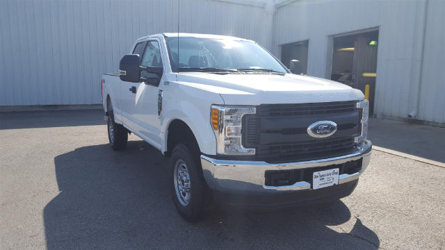2017 F-250 Super Cab 4x4 Pickup #27820 - photo 5