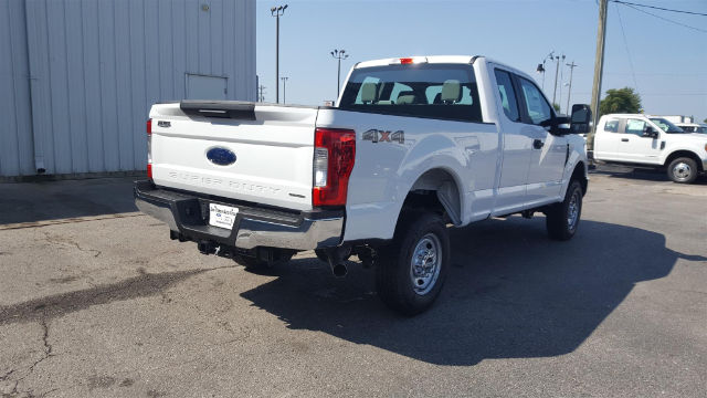 2017 F-250 Super Cab 4x4 Pickup #27820 - photo 7