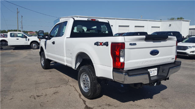 2017 F-250 Super Cab 4x4 Pickup #27820 - photo 2