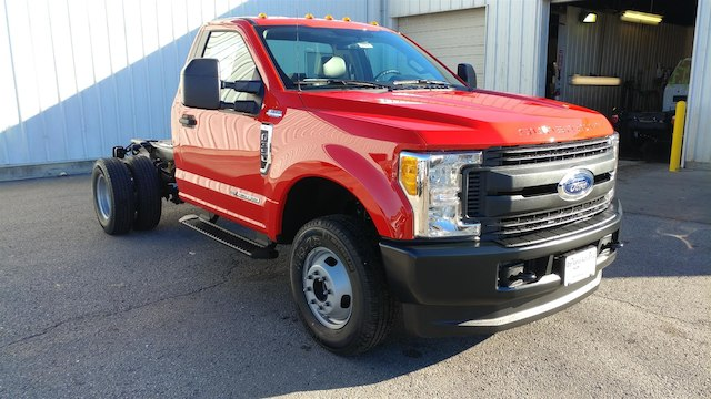 2017 F-350 Regular Cab DRW 4x4, Cab Chassis #28096 - photo 5
