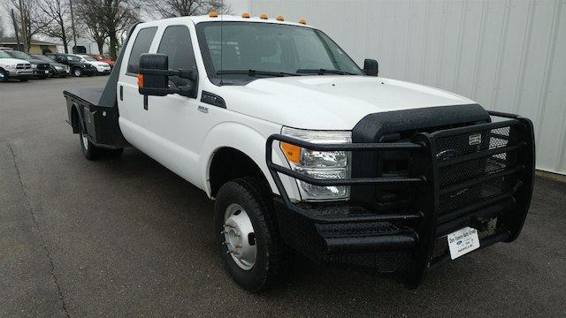 2014 F-350 Crew Cab DRW 4x4, Platform Body #28280A - photo 3