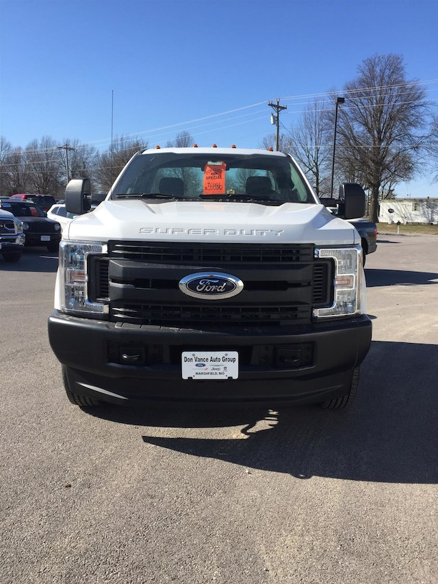 2018 F-350 Regular Cab DRW 4x4,  Cab Chassis #28310 - photo 4