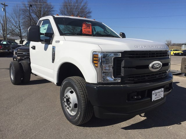 2018 F-350 Regular Cab DRW 4x4,  Cab Chassis #28310 - photo 5