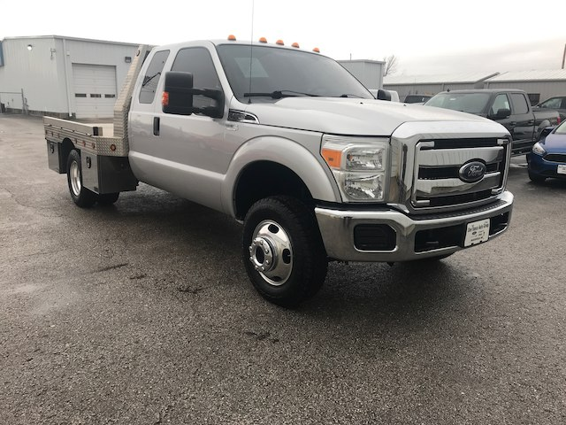 2014 F-350 Super Cab DRW 4x4, Platform Body #28378A - photo 5