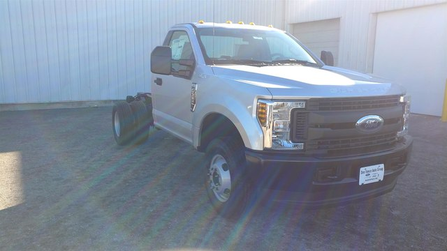 2018 F-350 Regular Cab DRW 4x4,  Cab Chassis #28379 - photo 5