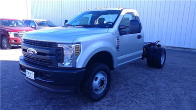 2018 F-350 Regular Cab DRW 4x4,  Cab Chassis #28379 - photo 3