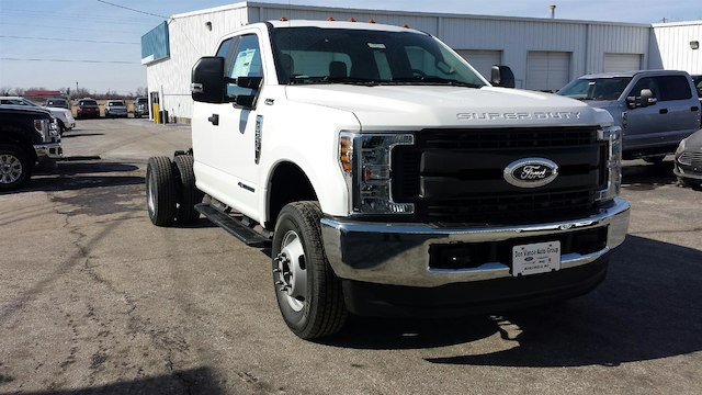 2018 F-350 Super Cab DRW 4x4, Cab Chassis #28509 - photo 5