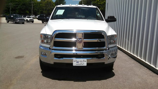 2016 Ram 3500 Regular Cab DRW 4x4,  Hauler Body #28509A - photo 4