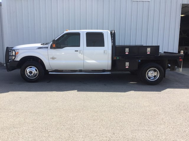 2015 F-350 Crew Cab DRW 4x4, Platform Body #28526A - photo 4