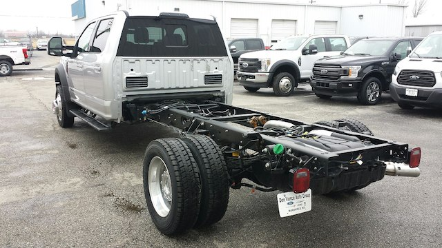 2018 F-550 Crew Cab DRW 4x4, Cab Chassis #28554 - photo 2