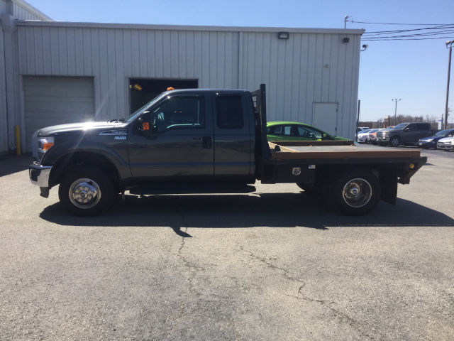 2016 F-350 Super Cab DRW 4x4, Platform Body #28562A - photo 5