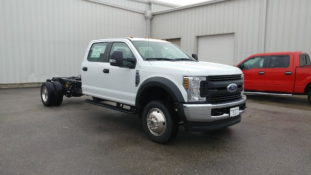 2018 F-450 Crew Cab DRW 4x4, Cab Chassis #28579 - photo 5