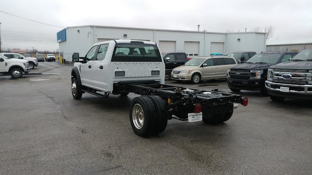 2018 F-450 Crew Cab DRW 4x4,  Cab Chassis #28579 - photo 2