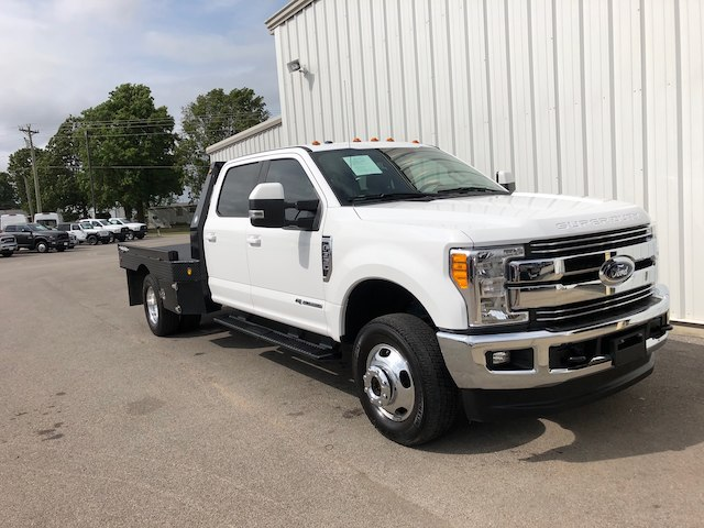 2017 F-350 Crew Cab DRW 4x4,  Platform Body #28590A - photo 3