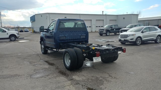 2018 F-350 Regular Cab DRW 4x4,  Cab Chassis #28634 - photo 2