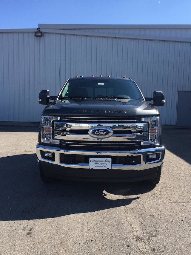2018 F-350 Crew Cab DRW 4x4,  Cab Chassis #28663 - photo 4