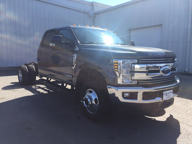 2018 F-350 Crew Cab DRW 4x4,  Cab Chassis #28663 - photo 5