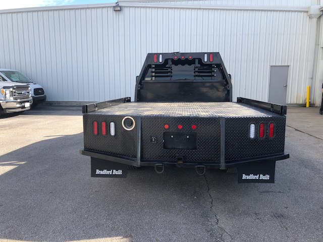 2016 F-550 Crew Cab DRW 4x4,  Platform Body #29037A - photo 3
