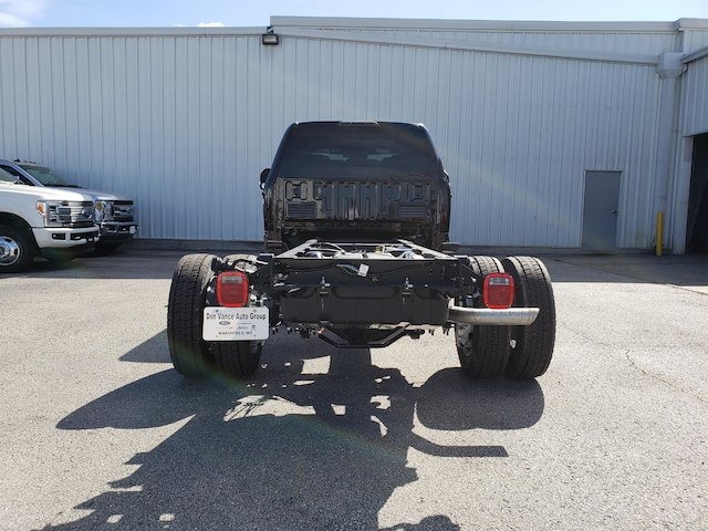 2018 F-450 Crew Cab DRW 4x4,  Cab Chassis #29118 - photo 4