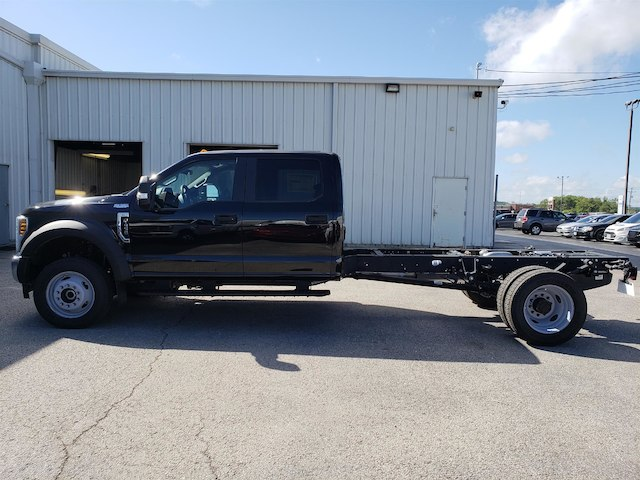 2018 F-450 Crew Cab DRW 4x4,  Cab Chassis #29118 - photo 5