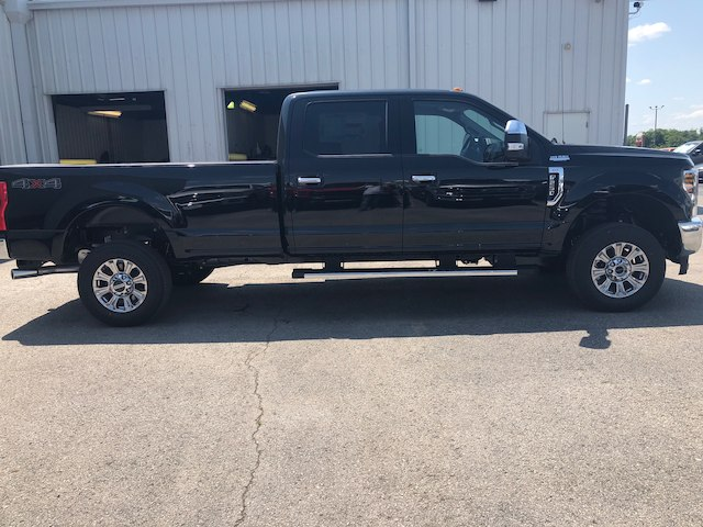 2018 F-250 Crew Cab 4x4,  Pickup #29196 - photo 6