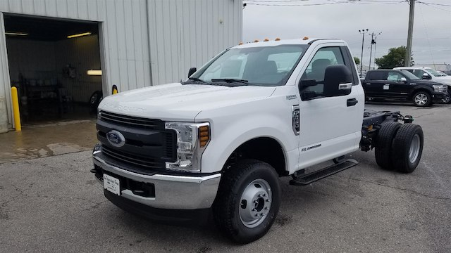 2019 F-350 Regular Cab DRW 4x4,  Cab Chassis #29326 - photo 3