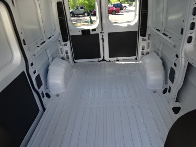 2017 ProMaster 1500 Low Roof,  Empty Cargo Van #171249 - photo 25