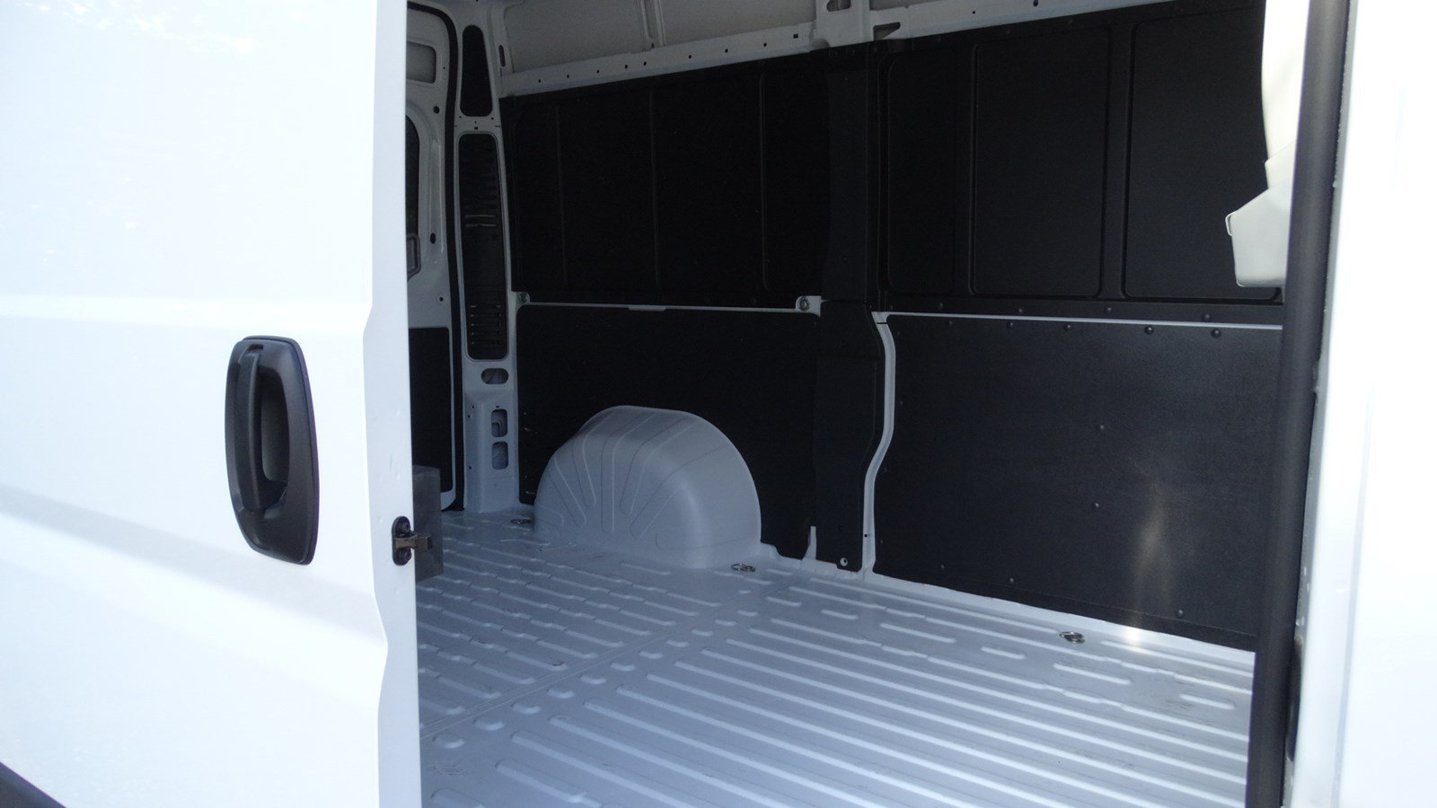 2018 ProMaster 1500 High Roof FWD,  Empty Cargo Van #180124 - photo 32