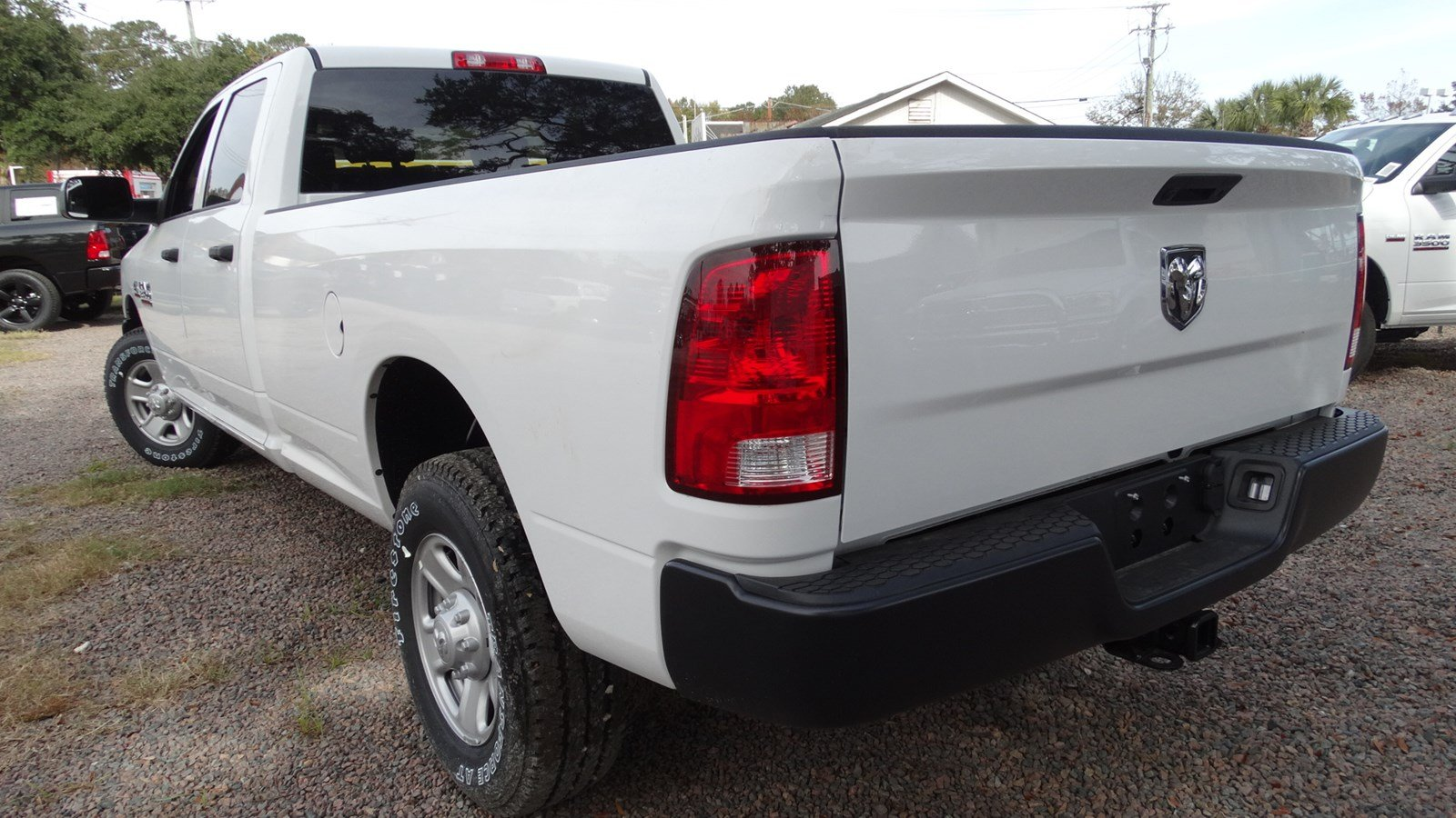 2018 Ram 3500 Crew Cab 4x2,  Pickup #180128 - photo 5