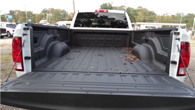 2018 Ram 3500 Crew Cab 4x2,  Pickup #180128 - photo 7