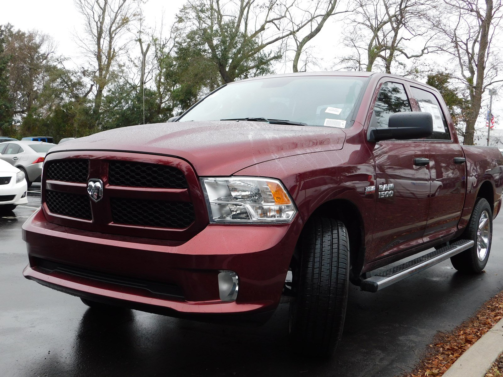 2018 Ram 1500 Crew Cab 4x2,  Pickup #180381 - photo 3