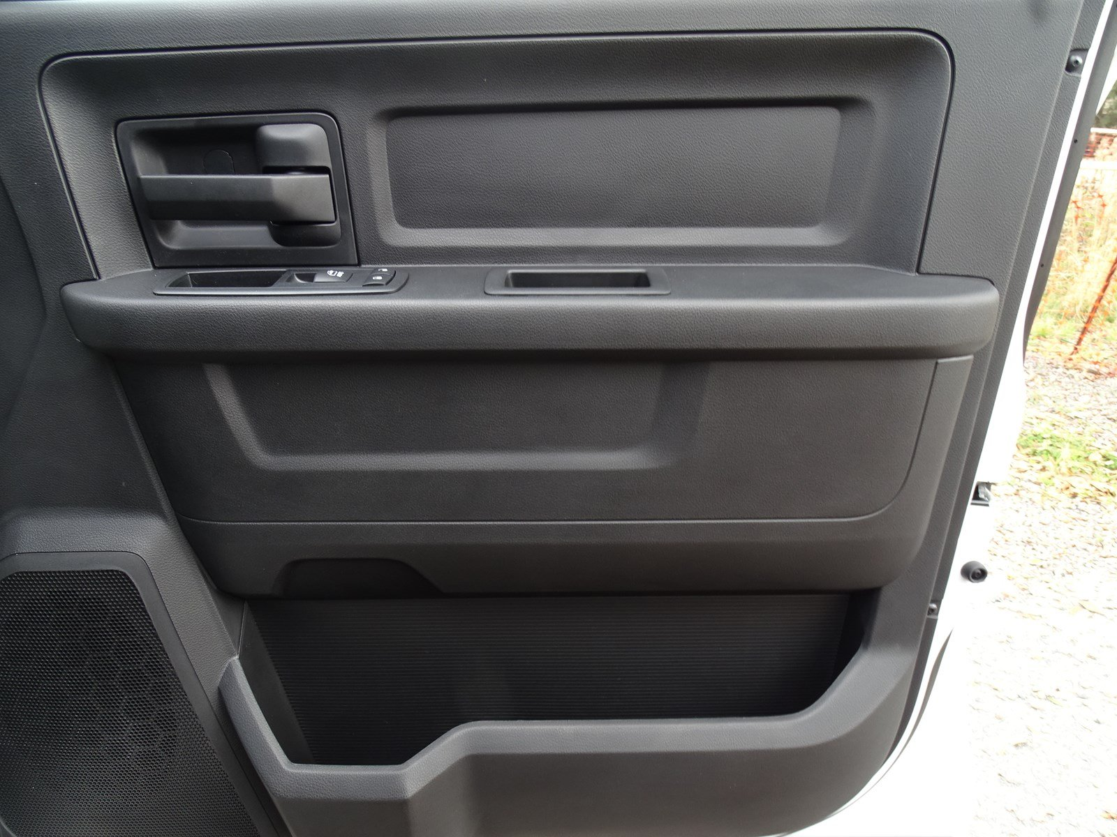 2018 Ram 3500 Crew Cab DRW,  Pickup #180439 - photo 33