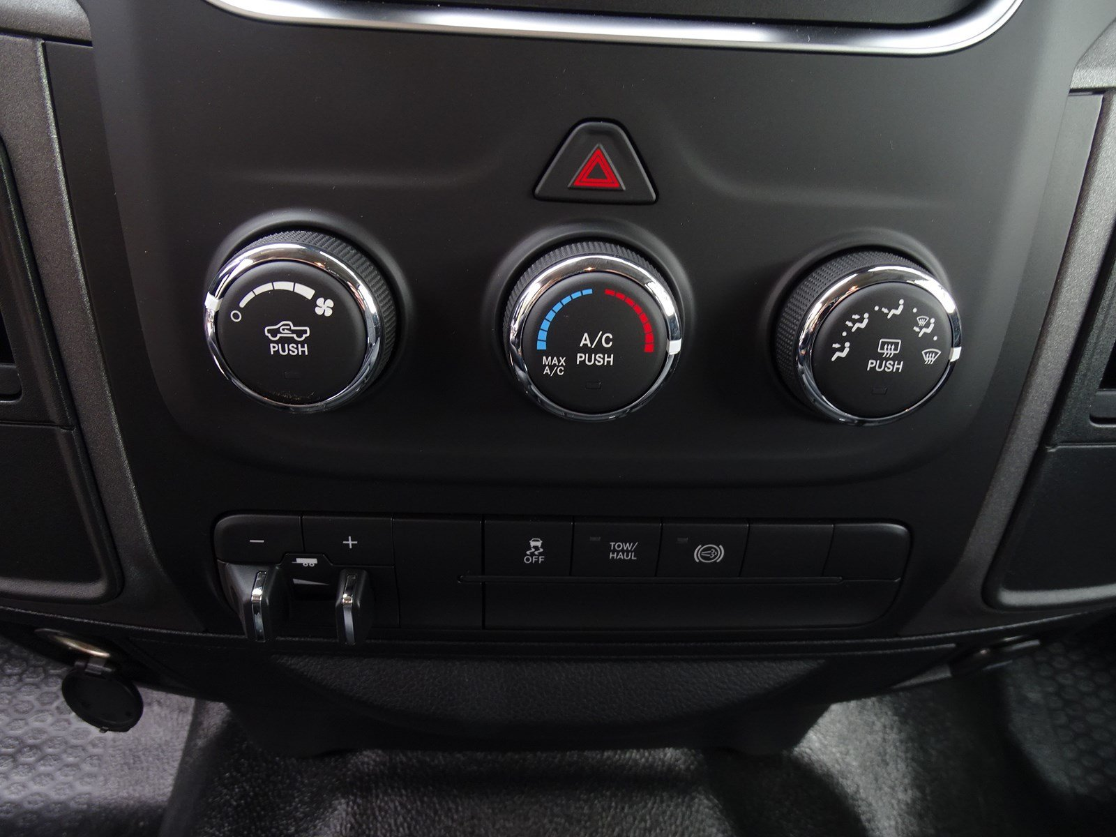 2018 Ram 3500 Crew Cab DRW,  Pickup #180439 - photo 23